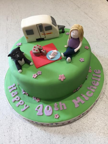 Caravan-picnic-cake