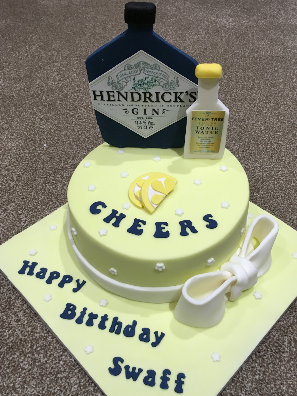 Gin-and-Tonic-Hendricks-cake
