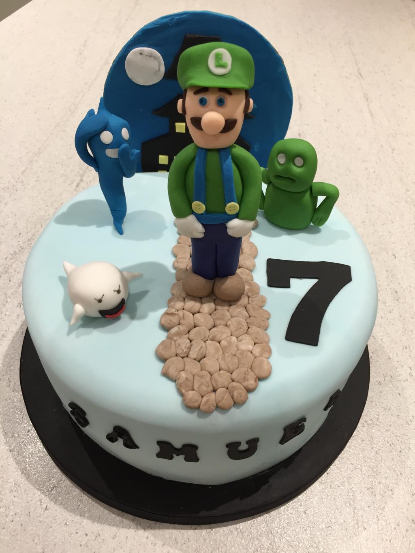 Luigi-Mansion-cake