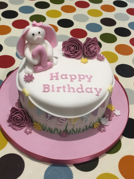 Rabbit-and-roses-bunting-cake