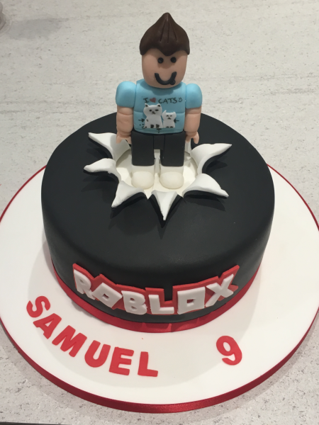 Roblox-cake