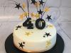 Black-and-gold-stars-cake