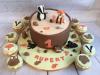 Woodland-animals-and-log-cake