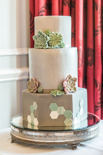 Succulent-Grey-wedding-cake